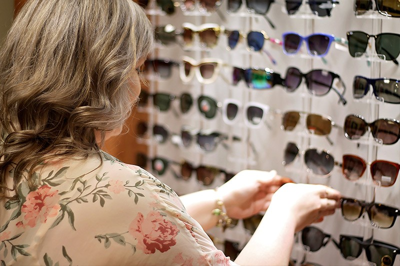 sunglasses-optometrist-practice-family-eye-care-exams-designer-frames-sunglasses-contacts-2  -princeton-wv-pearisburg-va