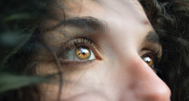How Eyelashes and Eyebrows Protect Your Eyes